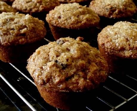 Oatmeal Raisin Muffins - 12 - 18 Month Baby Food Recipe CleanBabyFood