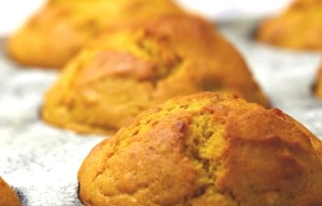 Delicious Banana Squash Muffins - 12-18 Month Baby Food Recipe at CleanBabyFood